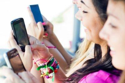 Reach teenagers online