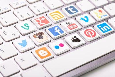 share-content-social-media